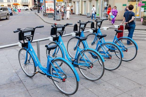 Велосоветник Дарья Табачникова— про велохамов, «камасутра»-парковки ибесплатную работу вСмольном. Изображение № 2.