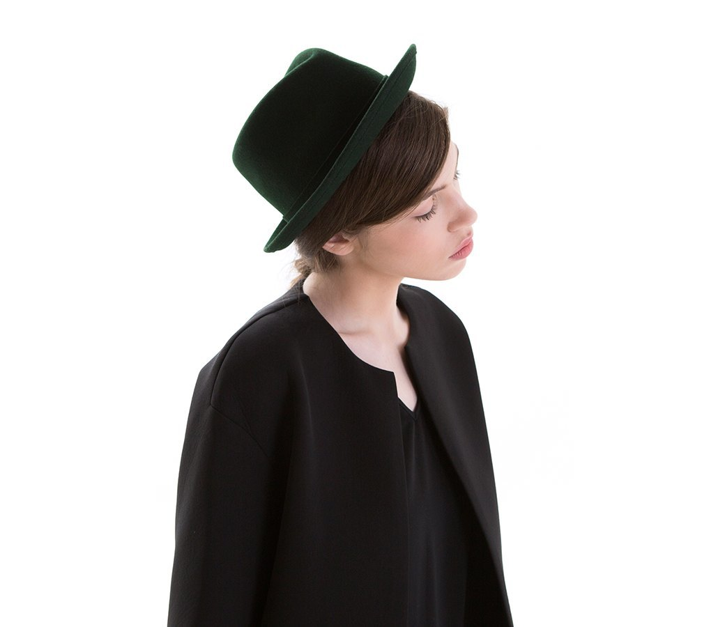 9 нарядных шляп на весну. Изображение № 1.