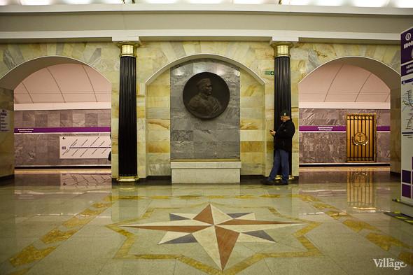 На новой станции метро «Адмиралтейская» уже произошло несколько аварийных остановок эскалатора. Изображение № 19.