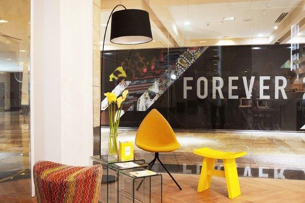 В «Афимолле» открылось кафе с экспресс-укладками. Изображение № 7.
