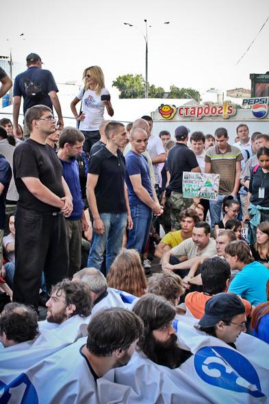 Copwatch: действия полиции на «сидячем» митинге «Стратегии-31» на Триумфальной площади. Изображение № 20.