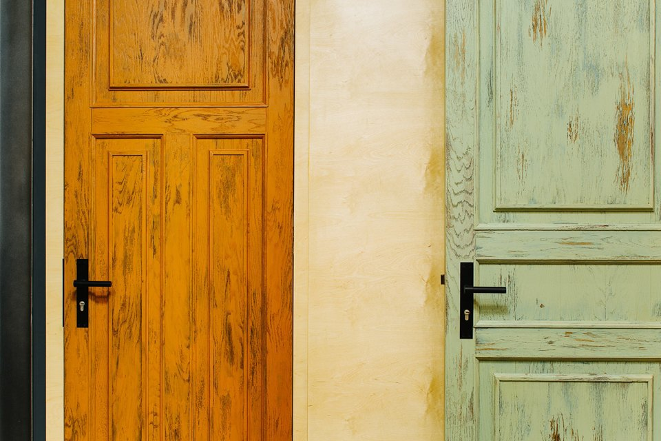 Четырёхкомнатная квартира наОстоженке скрасным холодильником и медными трубами. Изображение № 22.