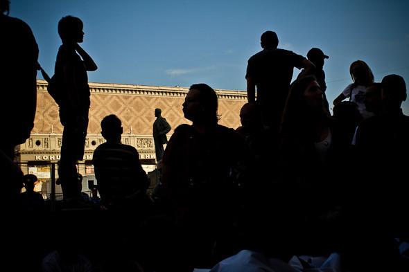 Copwatch: действия полиции на «сидячем» митинге «Стратегии-31» на Триумфальной площади. Изображение № 17.