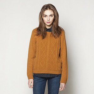 Что надеть: Платья Asos, рубашка Kate Bosworth x Topshop, свитер Numph. Изображение № 3.