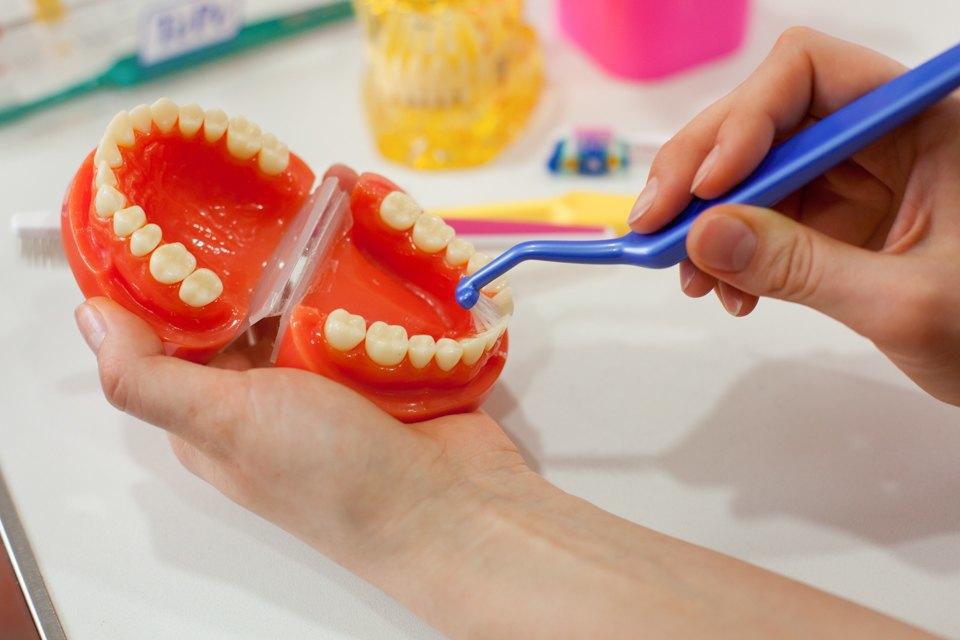 Стоматолог Татьяна Долгова — отом, зачем ходить кврачу, если ничего неболит. Изображение № 7.