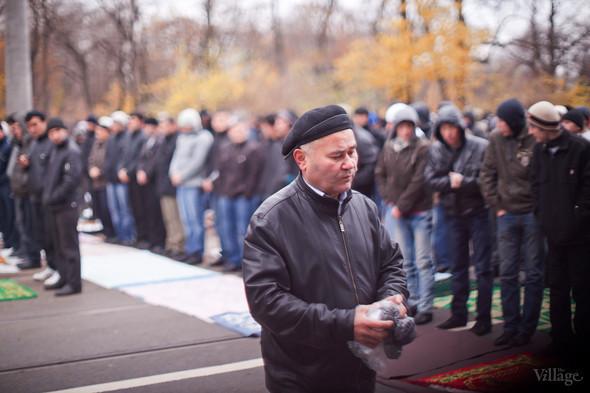Фоторепортаж: Празднование Курбан-Байрама в Петербурге. Изображение № 11.