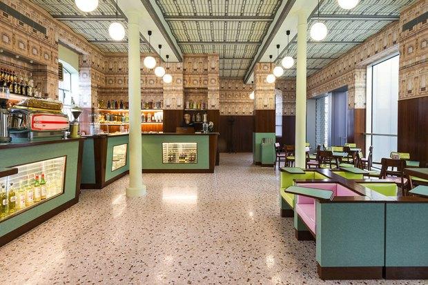 Кафе Уэса Андерсона Luce в культурном центре «Прада» в Милане . Изображение № 11.