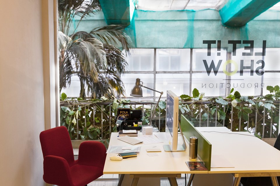 Офис Let It Show Production в ДК Ленсовета. Изображение № 9.