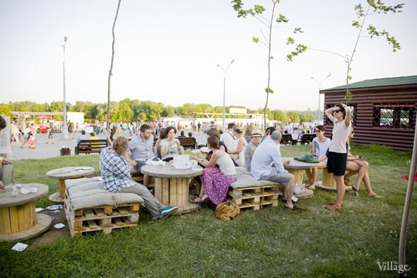 Сидячая зона со столамиу «Даров природы». Изображение № 55.