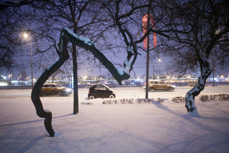 Фрунзенская набережная после введения платной парковки. Изображение № 6.