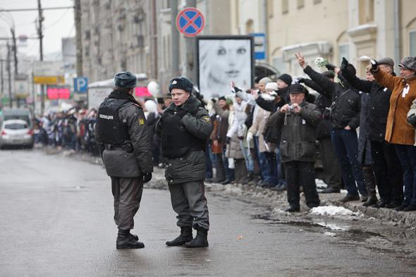 Близкое окружение: Участники акции «Белый круг» о проблемах Москвы. Изображение № 51.
