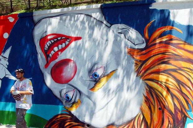 Уличный художник Павел Шугуров: «Быть чиновником — это прикольно». Изображение № 2.