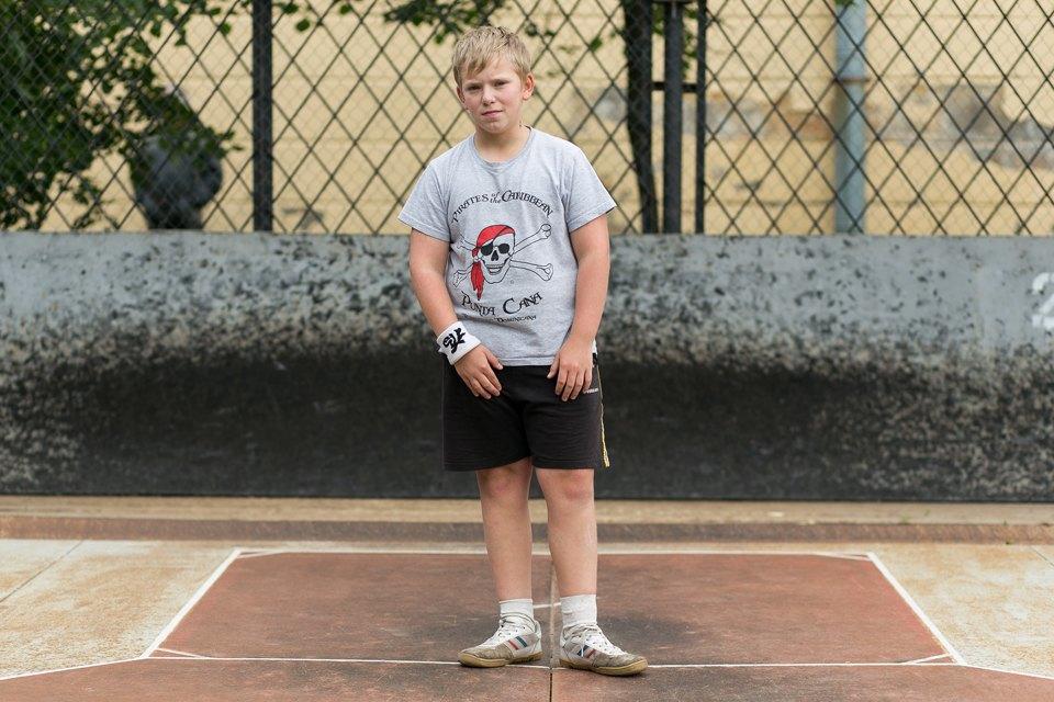 Кто занимается спортом на улице . Изображение № 4.