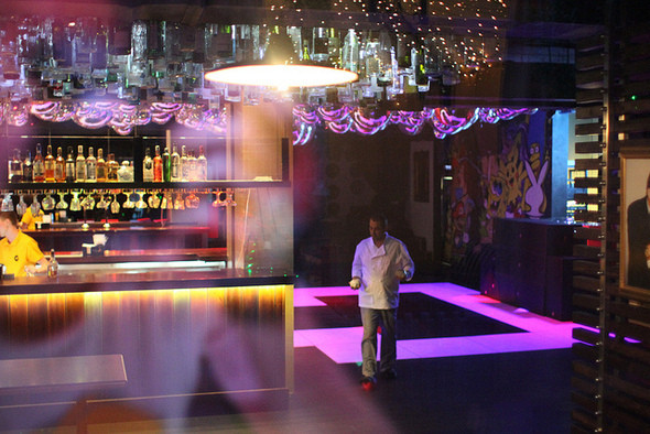 Изображение 15. На «Красном Октябре» открылся бар-ресторан Gipsy.. Изображение № 10.