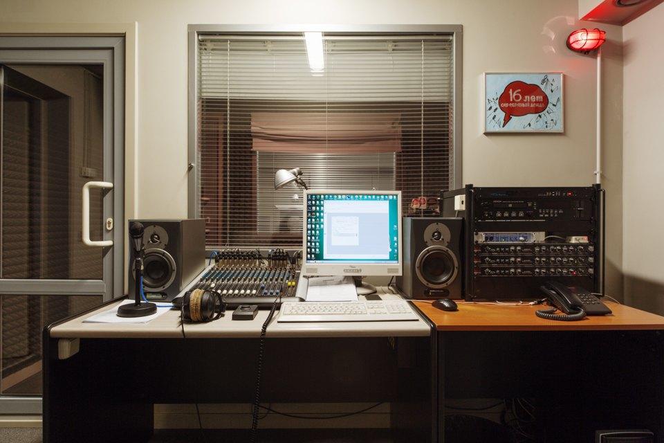 Офис радиостанции «Серебряныйдождь». Изображение № 23.