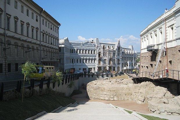 3 прогулочных маршрута по Тбилиси . Изображение № 35.