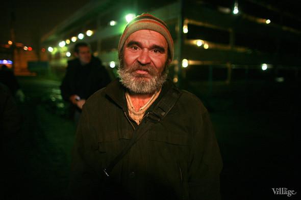 Ночной рейс: Волонтёры и бездомные автобуса «Ночлежка». Изображение № 4.