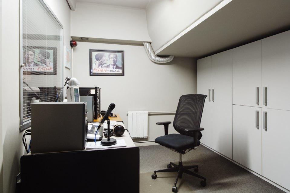 Офис радиостанции «Серебряныйдождь». Изображение № 22.