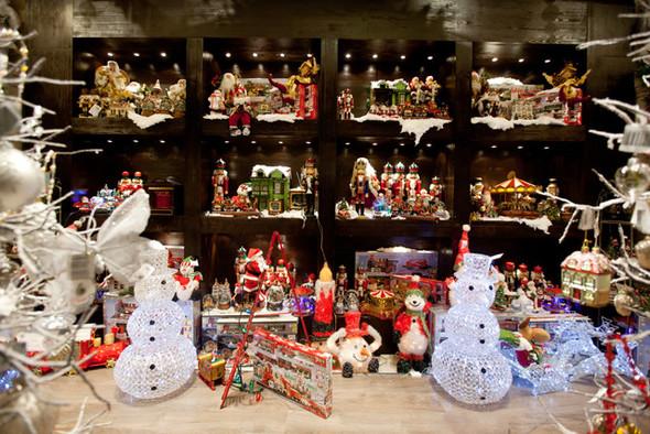 Столичные универмаги открывают рождественские ярмарки. Изображение № 3.