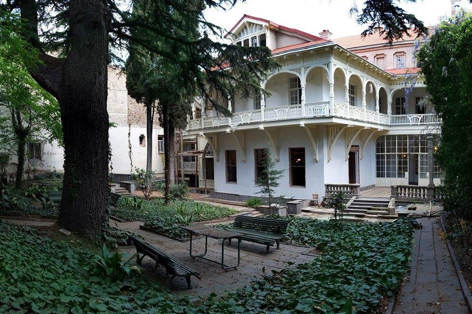3 прогулочных маршрута по Тбилиси . Изображение № 68.