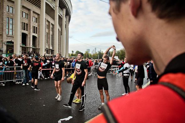 Бег с ними: В Москве прошел марафон Run Moscow. Изображение № 6.