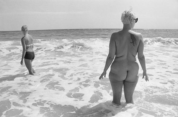 Esquire открыл фотовыставку и онлайн-галерею Dust and Scratches. Изображение № 14.