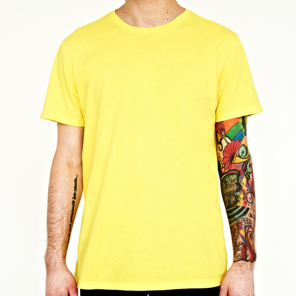 Вещи недели: 10 ярких футболок. Изображение № 2.