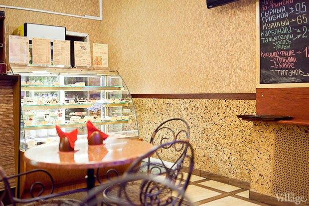 Все свои: Кафе-мороженица «Вкусные штучки» наПетроградке. Изображение № 6.
