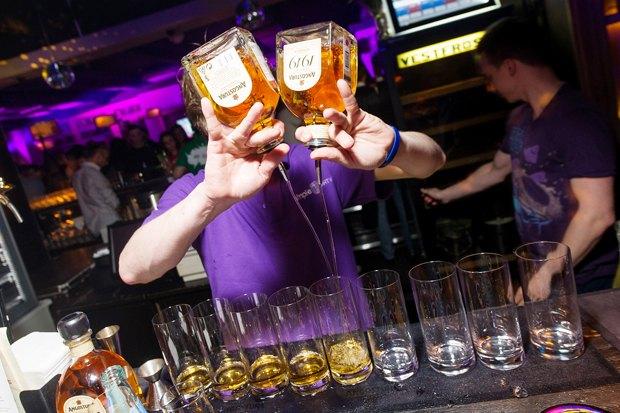 Интервью: Создатели лондонского бара Trailer Happiness — о барной культуре. Изображение № 12.
