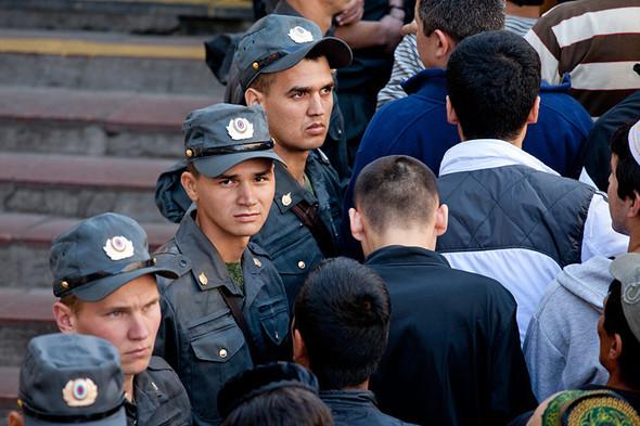 Copwatch: Действия полиции на празднике Ураза-Байрам в Москве. Изображение № 8.