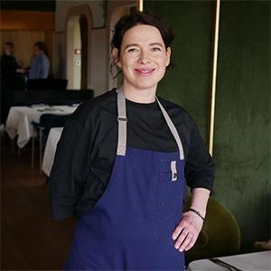 «На кухне ресторана нам можно только зелень перебирать»: Женщины — шеф-повара о своей работе — Возможности на Wonderzine