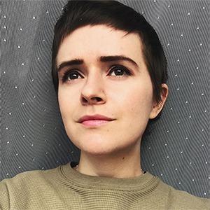 «Волосы отрастут»: У меня диагностировали лимфому, и я запустила подкаст