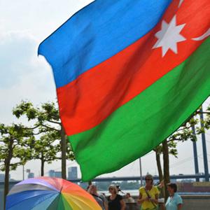 «Окей, я — гей»: Азербайджанский ЛГБТ-активист о том, как его выжили из страны