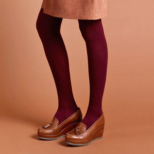 Насущный вопрос: Как подбирать колготки к одежде и обуви  — Стиль на Wonderzine