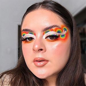 На кого подписаться: Блогер Xio, которая делает потрясающий макияж глаз — Красота на Wonderzine