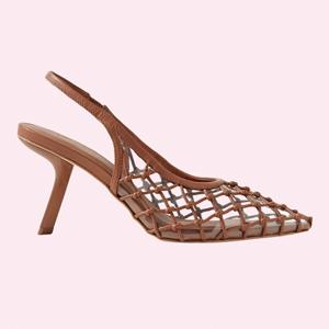 От роскошной до повседневной: 10 пар плетёной обуви — Стиль на Wonderzine