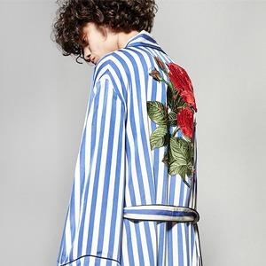 Летние пальто-халаты: Домашняя одежда  на улицах города — Тенденция на Wonderzine