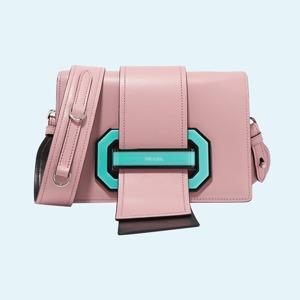 Мешки, микроклатчи и баулы: 25 сумок сезона — Стиль на Wonderzine