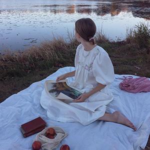 На кого подписаться: Умиротворяющий инстаграм художницы Тесс Джонсон — Стиль на Wonderzine
