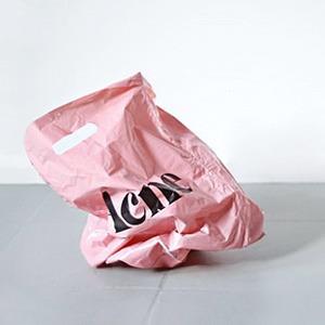 Что происходит с магазинами в кризис и как это изменит наш гардероб — Мнение на Wonderzine
