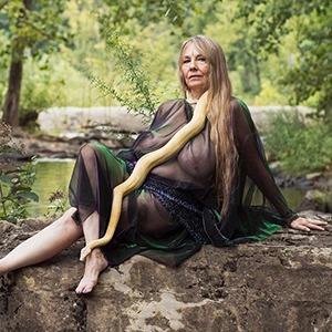 На кого подписаться: Портреты современных американских ведьм Фрэнсис Денни
