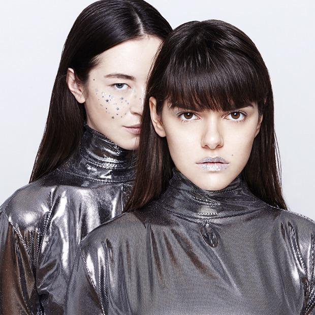 10 вариантов макияжа с блестками