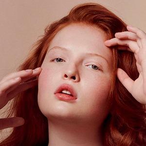 На кого подписаться: Рыжеволосая модель из Техаса Тесс Макмиллан — Стиль на Wonderzine