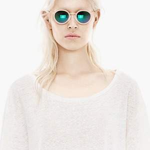 10 красивых  белых футболок — Стиль на Wonderzine