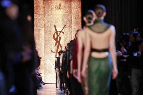 Прямая трансляция с Парижской недели моды: День 7 — Paris Fashion Week на Wonderzine