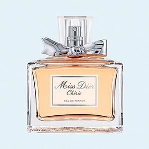 Smells Like Girl's Spirit: Девушки о своих первых парфюмах — Ароматы на Wonderzine