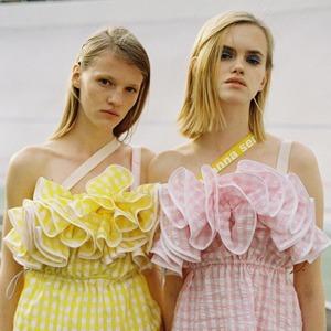 В противовес минимализму: Почему романтика вернулась в моду — Стиль на Wonderzine