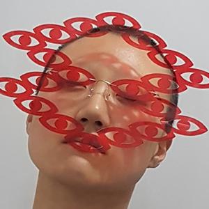 На кого подписаться: Эффектные и непрактичные очки из Кореи — Стиль на Wonderzine
