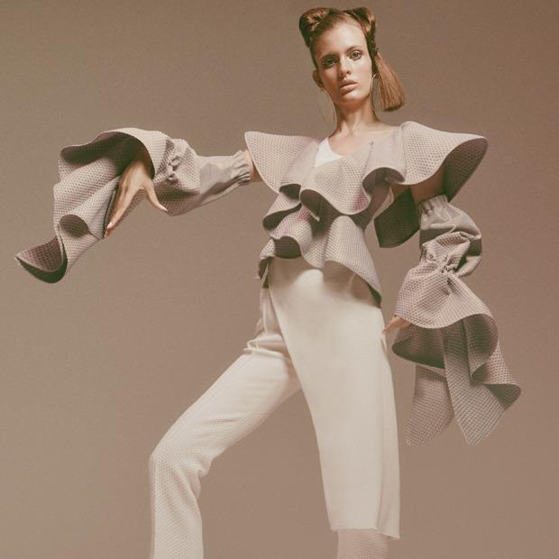 Униформа или уникальность:  Какой будет одежда будущего — Мнение на Wonderzine