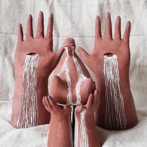 На кого подписаться: Необычная керамика Анастасии Замараевой  — Искусство на Wonderzine